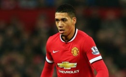 Chris Smalling Menjadi Kapten Manchester United