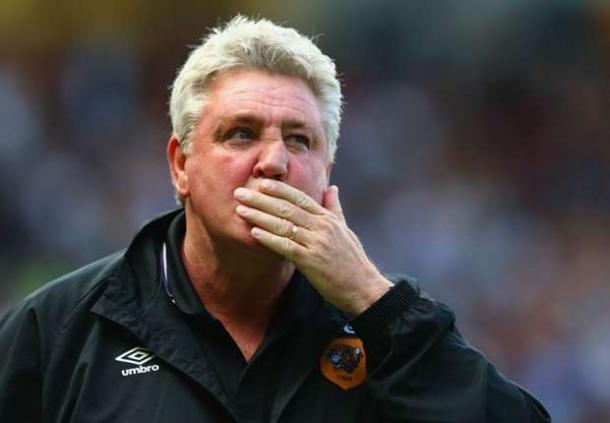 Steve Bruce Mengaku Beruntung Tak Dipecat Oleh Hull City