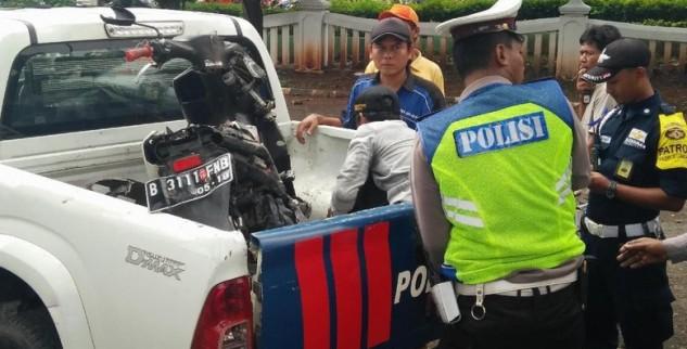 Partini Serta Putrinya Tewas Tersambar KRL Di Pelintasan Bulak Kapal
