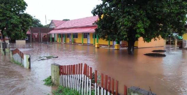 Tidak Ada Korban Jiwa Serta Rusak Oleh Terjangan Banjir