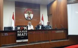 Wadah Pegawai (WP) KPK Memutar Rekaman Video CCTV Teror Di Rumah Wakil KPK